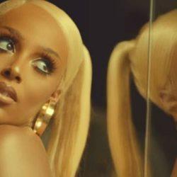 Η Doja Cat παρουσιάζει το music video του hit Say So!