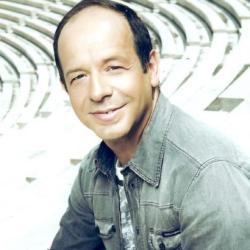 O Φωκάς Ευαγγελινός στην εκπομπή «Eurovision - Αντίστροφη μέτρηση»