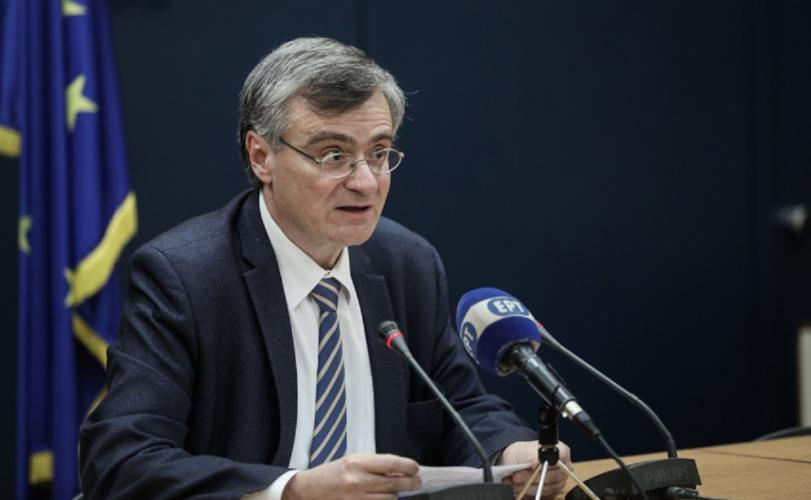 Ο Σωτήρης Τσιόδρας επέστρεψε: Τριψήφιος ο αριθμός κρουσμάτων στη χώρα μας το τελευταίο εικοσιτετράωρο