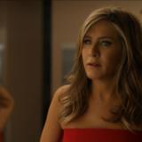 Η Jennifer Aniston ποζάρει topless και στέλνει το δικό της μήνυμα