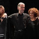 Ο συνθέτης Δαμιανός Πάντας μαζί με την Ερωφίλη & τον Βασίλη Γισδάκη στον Σταυρό του Νότου Club