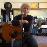 Ο Jon Bon Jovi γράφει τραγούδι κατά του κορονοϊού μαζί με τους θαυμαστές του