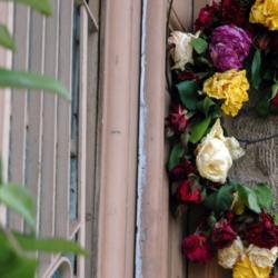 Οι Ελληνίδες celebrities μας δείχνουν πως υποδέχτηκαν τον Μάιο