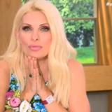 Η Ελένη Μενεγάκη ανακοίνωσε την αποχώρησή της από την τηλεόραση