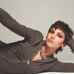 Η Úrsula Corberó είναι η νέα πρωταγωνίστρια της καλοκαιρινής συλλογής του Jacquemus