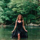 Χρύσα Μπανδέλη: Η δημιουργική καραντίνα και η εντυπωσιακή φωτογράφιση στον επίγειο παράδεισο της Ηπείρου!