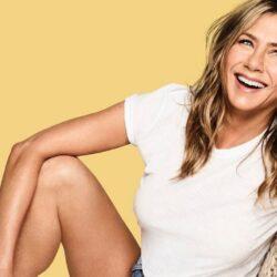H Jennifer Aniston περνάει τα Χριστούγεννα και τις γιορτές με την πιο αγαπημένη της παρέα