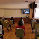 Η Κατερίνα Παπουτσάκη διάβασε παραμύθι στον Σύνδεσμο Προστασίας Παιδιών και ΑμΕΑ