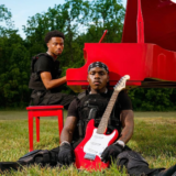 Δείτε το official music video για το hit single του DaBaby με τίτλο 'ROCKSTAR'.