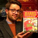 Βρήκε πεταμένη την πρώτη έκδοση του Harry Potter και έγινε πλουσιότερος κατά 44.000 ευρώ