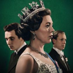 Ηθοποιός του The Crown: «Δεν με νοιάζει αν τα στήθη μου φτάσουν μέχρι τον αφαλό»