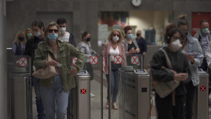 Το VICE παρουσιάζει το ντοκιμαντέρ με τίτλο «Η Μάσκα που Έγινε Σύμβολο»