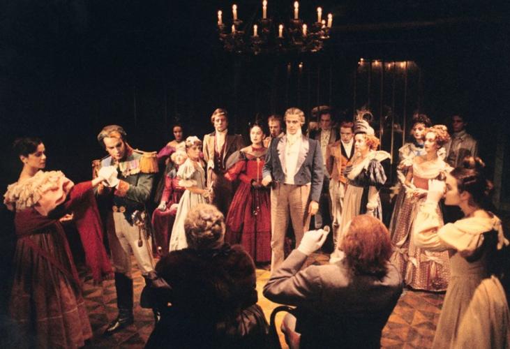 Το Θέατρο της Οδού Κυκλάδων - Λευτέρης Βογιατζής περνάει στη νέα του εποχή, ανακοινώνοντας δυο σπουδαία έργα