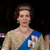 Η Olivia Colman εξομολογείται ότι τρέμει τη βασίλισσα Ελισάβετ