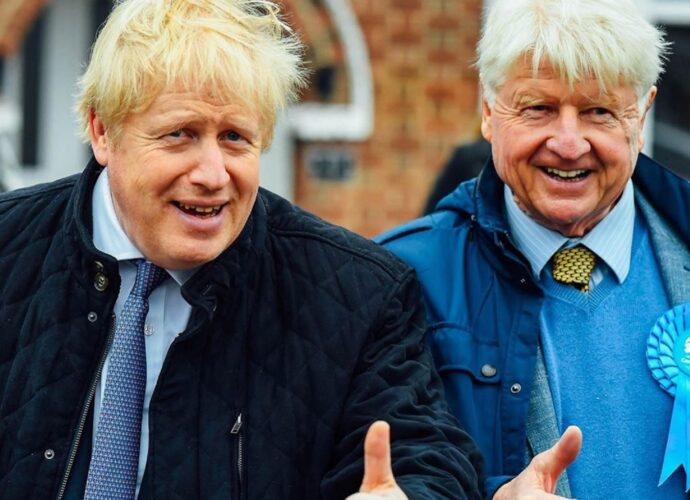O Stanley Johnson, πατέρας του βρετανού Πρωθυπουργού αποκλειστικά στο Mega