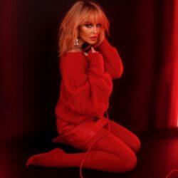 Αρραβωνιάστηκε η Kylie Minogue!