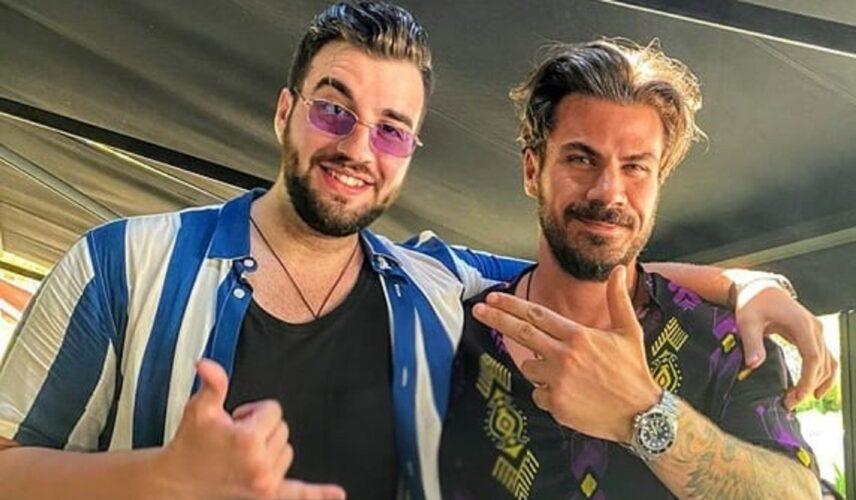Ο Άκης Πετρετζίκης και ο Σταύρος Βαρθαλίτης αποκάλυψαν πότε είχαν συναντηθεί για πρώτη φορά