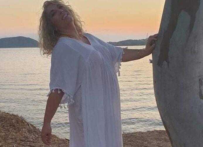 Κέλλυ Κουνάκη ''Γαλάζια Ματιά'' Νέο Κυκλοφορία