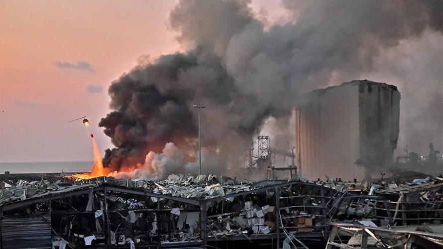 Βηρυτός: Δύο τεράστιες εκρήξεις σε αποθήκες εκρηκτικών υλών