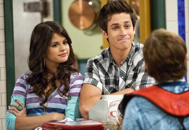 Η Selena Gomez επανασυνδέεται με τον David Henrie μετά τους Wizards of Waverly Place, για μια νέα ταινία