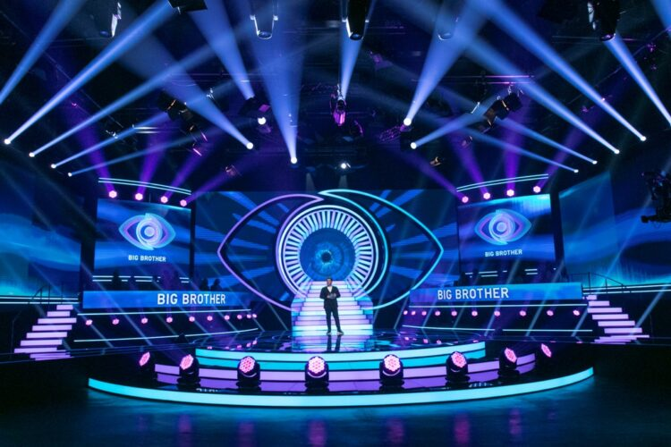 Big Brother: Η έναρξη του live και η παρουσία παλιών παικτών στο πλατό