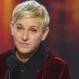 Ellen DeGeneres: «Έκανα εργαζόμενο στο Show μου να κλάψει και αισθάνθηκα ωραία »