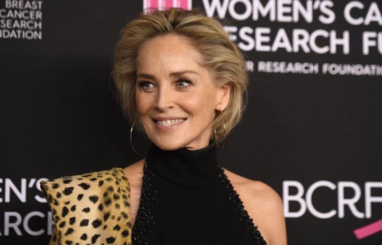 Sharon Stone κατά Trump: «Ό,τι και να κάνετε μην ψηφίσετε έναν δολοφόνο»