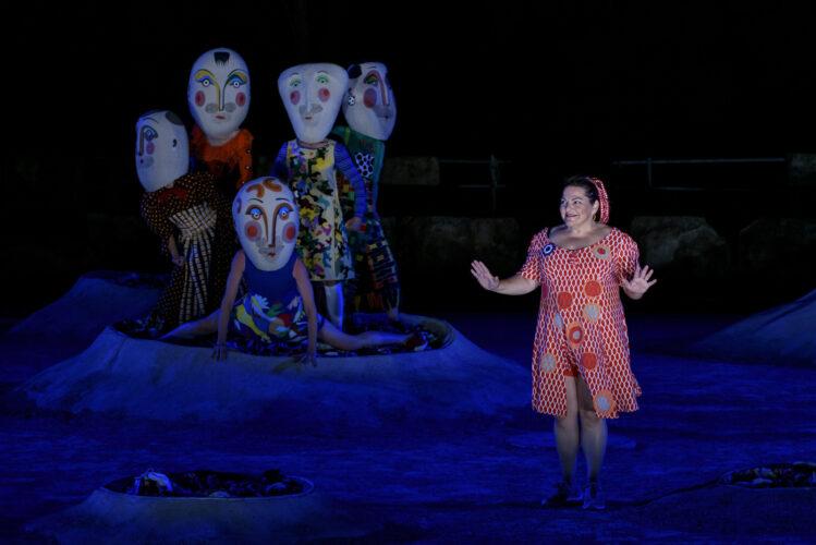 «Μάγεψε» η Λυσιστράτη στο αρχαίο θέατρο της Επιδαύρου