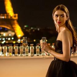 Emily in Paris: Τα σημεία του Παρισιού γυρίστηκαν οι πιο χαρακτηριστικές σκηνές