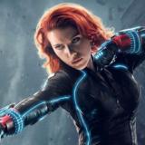 Η Scarlett Johansson κρεμάει το κοστούμι της Black Widow