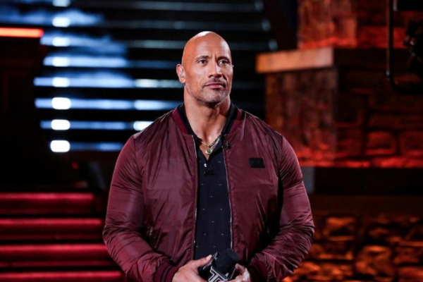 Dwayne Johnson υπέρ Joe Biden και Kamala Harris