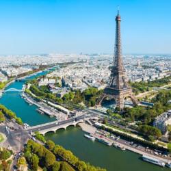 Εκκενώθηκε ο Πύργος του Άιφελ | Απειλεί για βόμβα