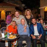 """Φωτογραφικό υλικό από το """"Ξημερώνει Κυριακή"""", μια βραδιά μουσικής και τραγουδιού με τη Λένα Αλκαίου και τον Μαυρίκιο Μαυρικίου στο Θέατρο Χυτήριο"""