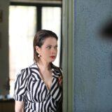 Η Δάφνη Λαμπρόγιαννη εισβάλει απόψε στο «Παρουσιάστε!» ως Κορίνα Καρακώστα