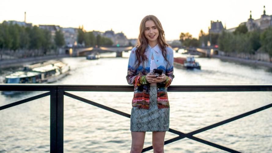 Emily in Paris: 9 λόγοι για να δείτε τη νέα σειρά του Netflix