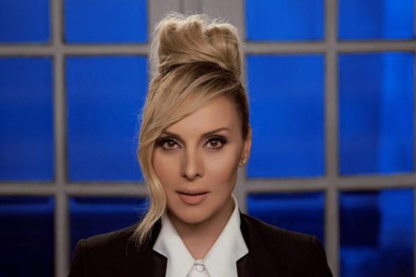Πέγκυ Ζήνα «Ειλικρινά» | Νέο Music video
