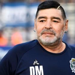 """Με δάκρυα στα μάτια ο γιατρός του Maradona: """"Δεν υπήρξε ιατρική αμέλεια, τέτοια ζωή ήθελε ο Ντιέγκο"""""""