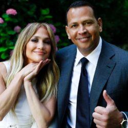 Ο Alex Rodriguez έκανε τη δική του ανασκόπηση και μας έδειξε βίντεο από την πρόταση γάμου που έκανε στην Jennifer Lopez