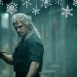 """Το video του Netflix με πρωταγωνιστή τον """"Witcher"""" για τα Χριστούγεννα"""