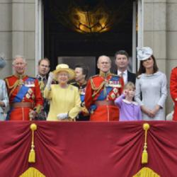 Η Βασίλισσα Ελισάβετ και η Kate Middleton θα εμφανιστούν τηλεοπτικά την ίδια ημέρα με την συνέντευξη του Harry και της Meghan