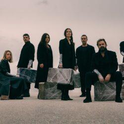 Αυτοί που περπατούν στα σύννεφα στο θέατρο Olvio | On Demand
