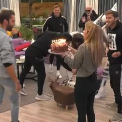 Η έκπληξη των συγκατοίκων του Big Brother στον Δημήτρη Κεχαγιά για τα γενέθλιά του
