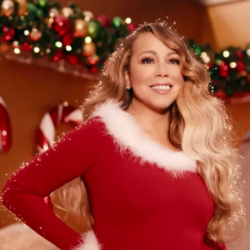 H Mariah Carey μόλις κήρυξε την έναρξη της χριστουγεννιάτικης περιόδου
