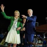 Jill Biden: Το φόρεμα της Πρώτης Κυρίας που ξεπούλησε σε λίγες ώρες