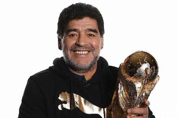 Παγκόσμιο σοκ: Έφυγε από την ζωή ο Diego Maradona