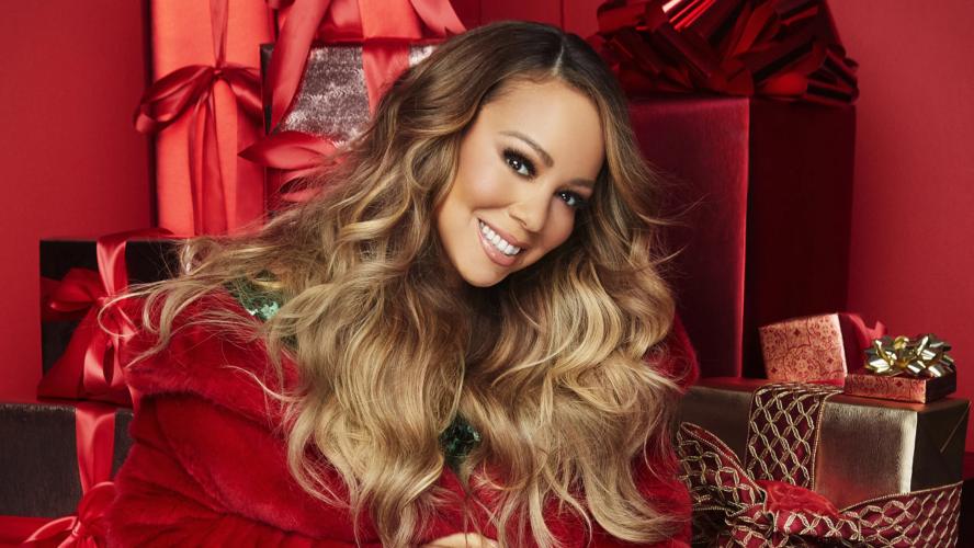 Η Mariah Carey αποκαλύπτει το λόγο που λατρεύει τα Χριστούγεννα