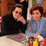 Sharon Osbourne: Θετική στον κορονοϊό η σύζυγος του Ozzy Osbourne