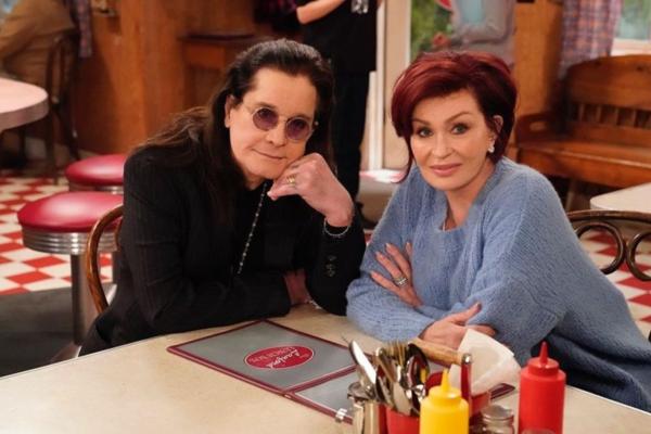 To love story του Ozzy και της Sharon Osbourne γίνεται ταινία