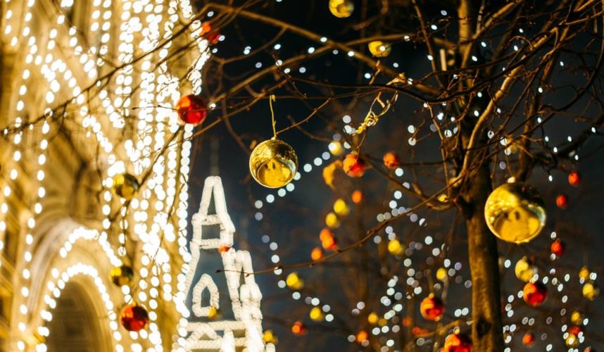 Καλλιτέχνες με Χριστουγεννιάτικες Μεταμορφώσεις που εντυπωσιάζουν!