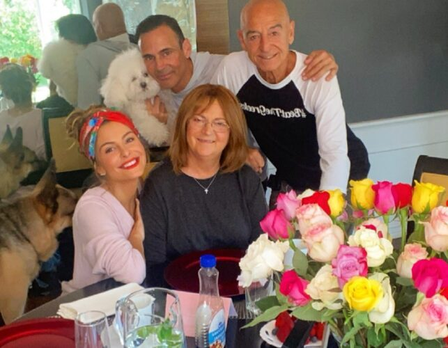 Η συγκινητική ανάρτηση του Keven Undergaro για τον θάνατο της μητέρας της Marias Menounos